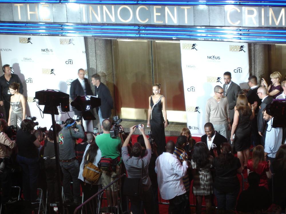 Jessica Alba und Mischa Barton (links) - NYC