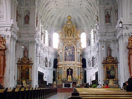 Jesuitenkirche Innenansicht