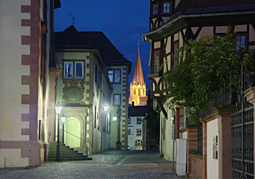 Jesuitenkirche und Stiftskirche in Aschaffenburg