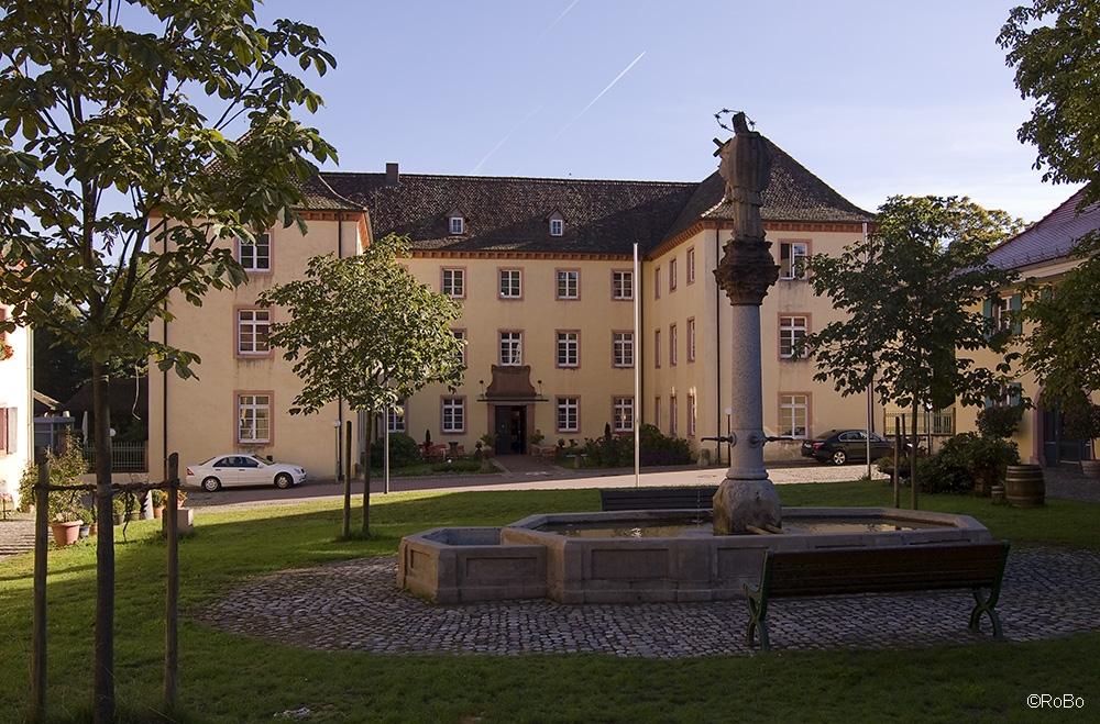 Jesuitenschloss 3