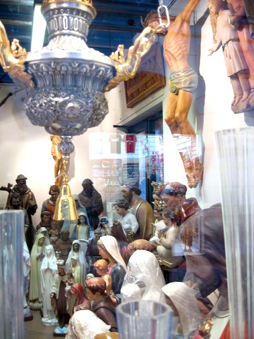 Jesus & Co. im Schaufenster
