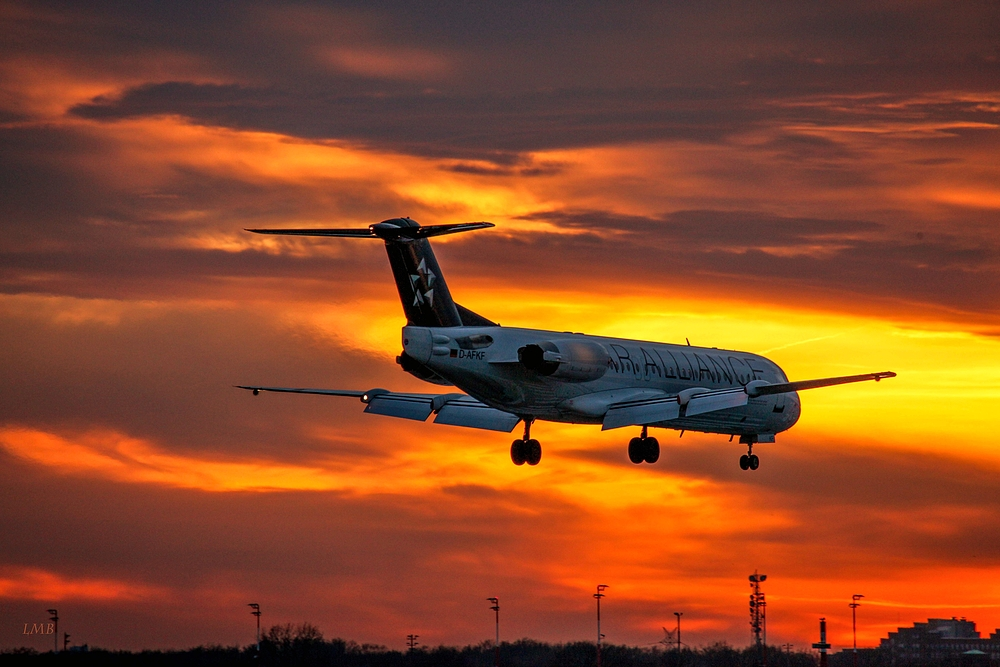 Jet with Sunset Contact