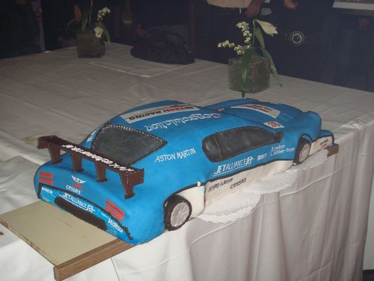 Jetalliance DBR9 Kuchen