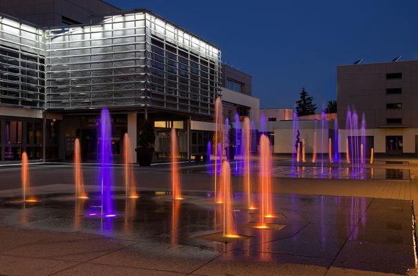 Jets d'eau place de la mairie à Audincourt