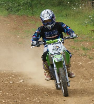 Jeune motard