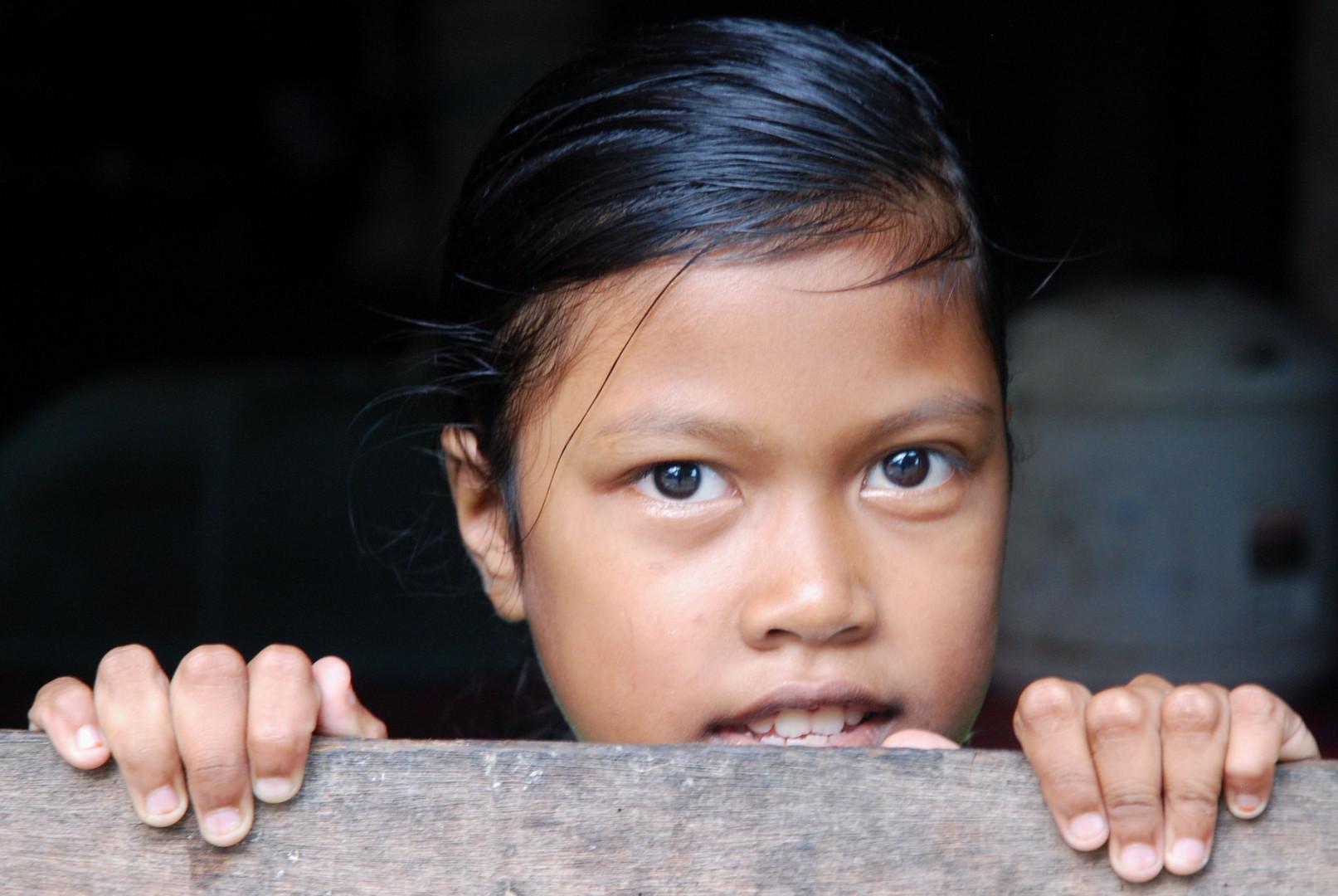Jeune villageoise timide, Malaysia