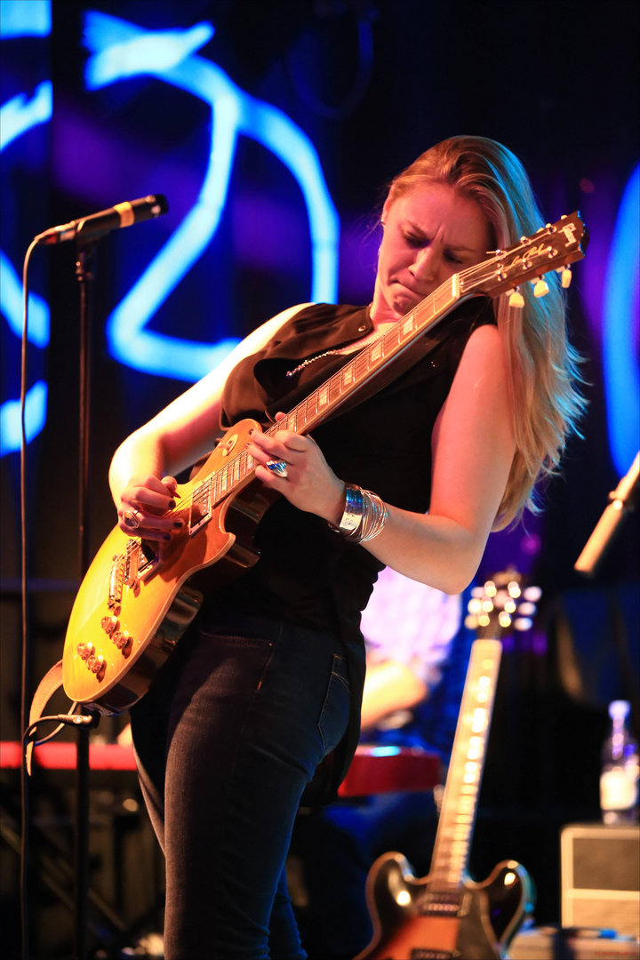 Joanne Shaw Taylor - Bluescaravan 2013 - Nürnberg