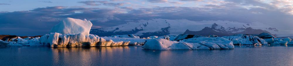 Jökulsárlón um Mitternacht Island