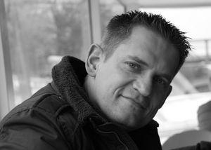 Jörg Lü.