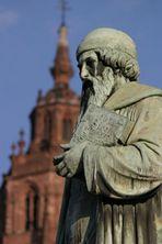 Johannes Gutenberg vor Mainzer Dom