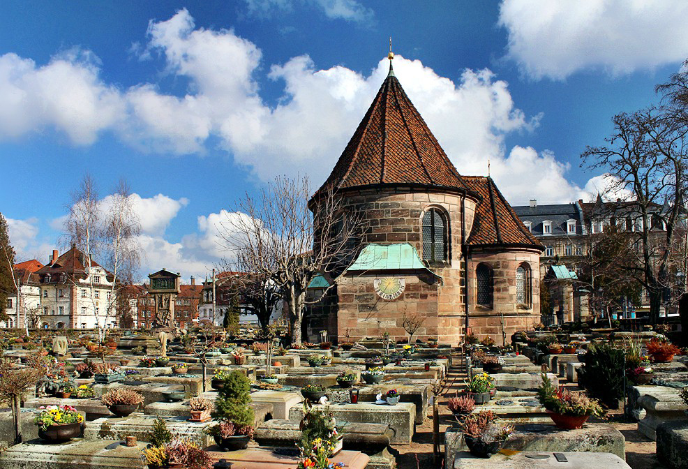 Johannisfriedhof mit Holzschuherkapelle