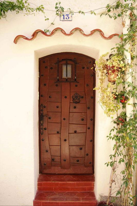 Jolie Porte à Castellet