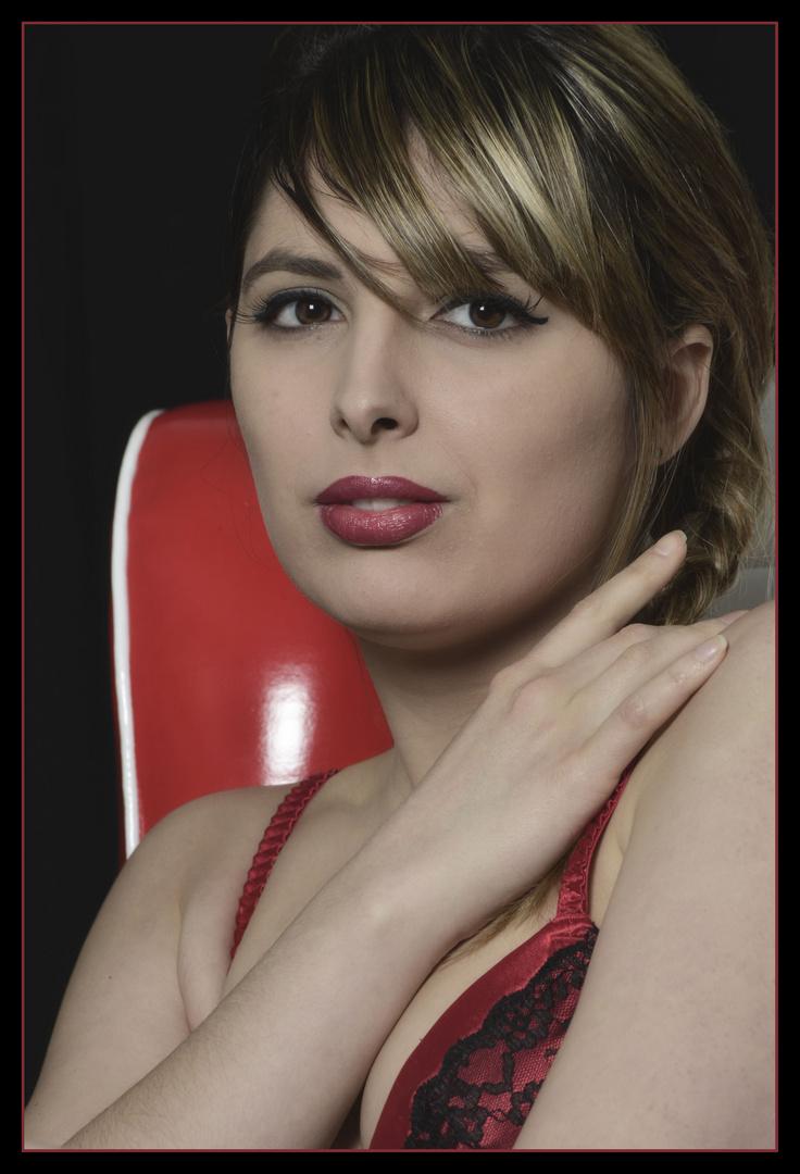 Jolie Rouge 3