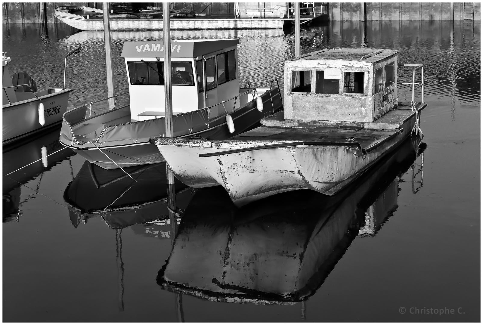 Jolis reflets au Port du Rocher de La Teste de Buch