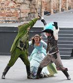 Jonas Minthe als D'Artagnan (rechts)