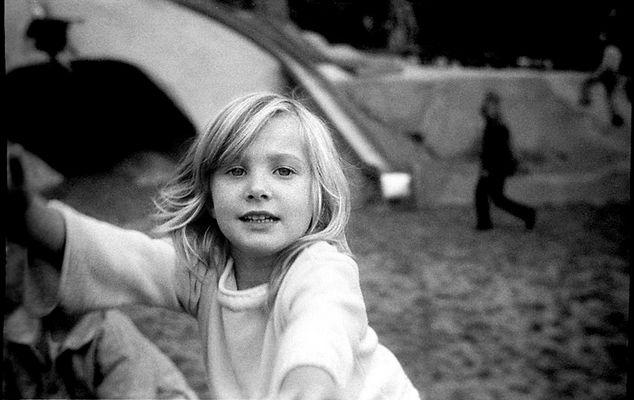 Josephine beim klettern