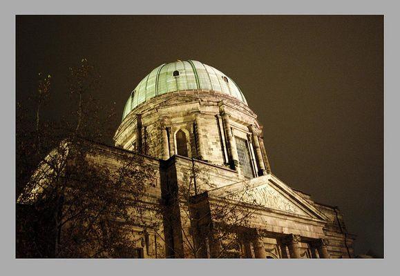 Josephskirche in Nürnberg bei Nacht
