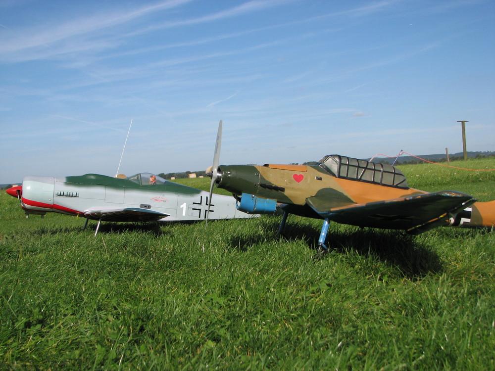 Ju 87 und FW 190 D9