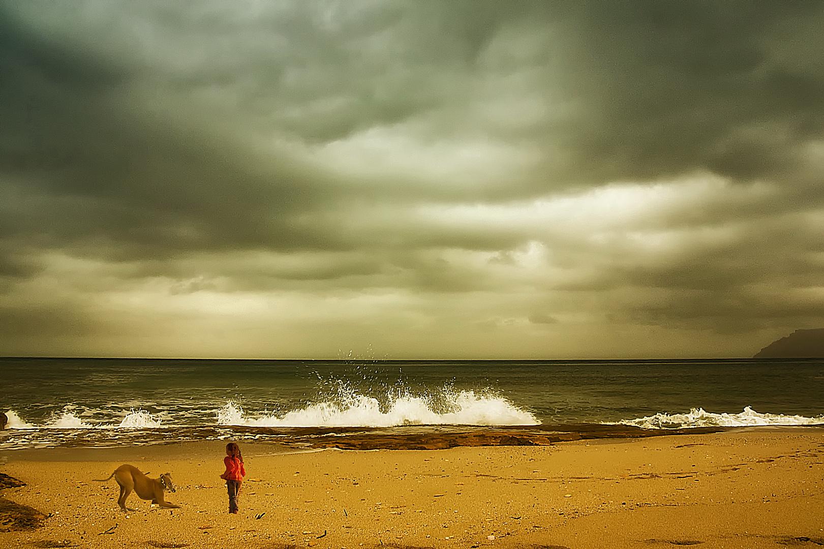 Jugando en la playa (Dedicada a ISABEL JARA)
