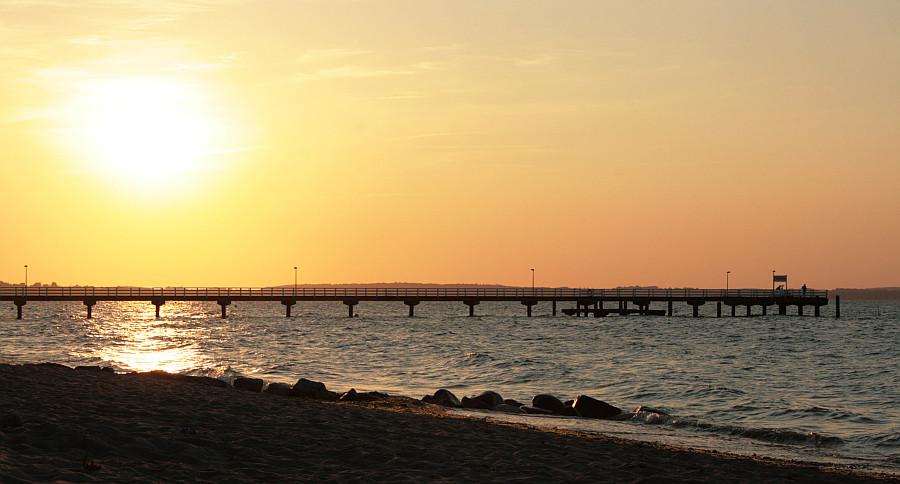 Juli-Abend am Ostsee-Strand