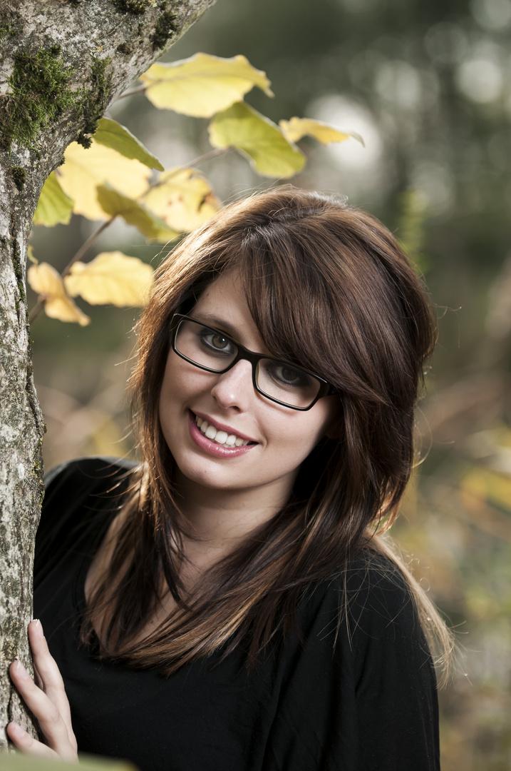 Julia im Wald