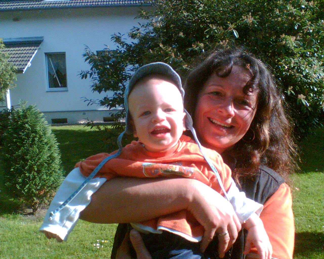 Julien und Oma Bine