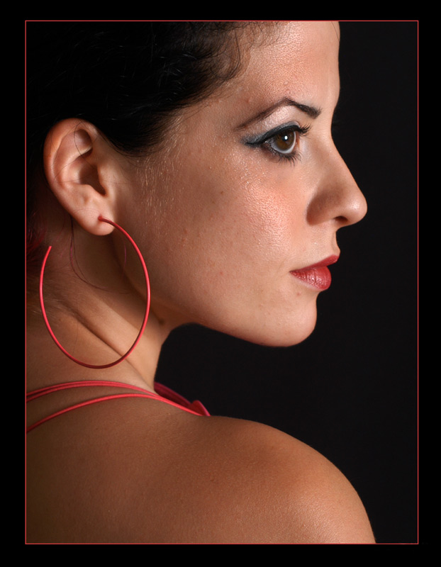 Junge Dame in Rot