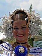Junge Frau in Panama