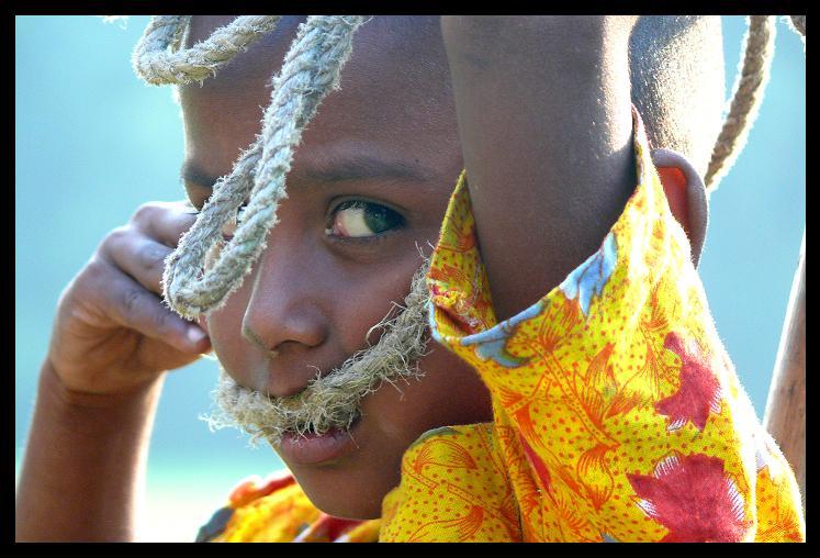 Junge mit Seil