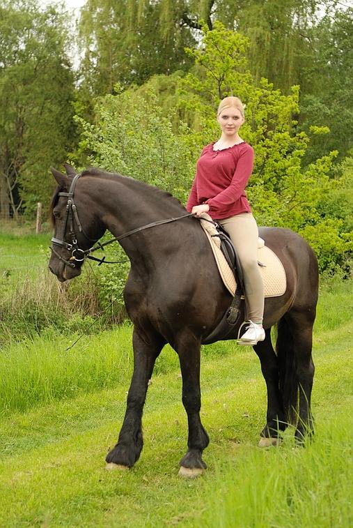 Junge Reiterinnen