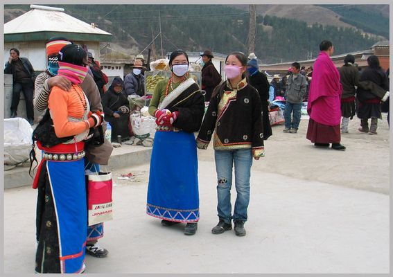 Junge Tibeterinnen