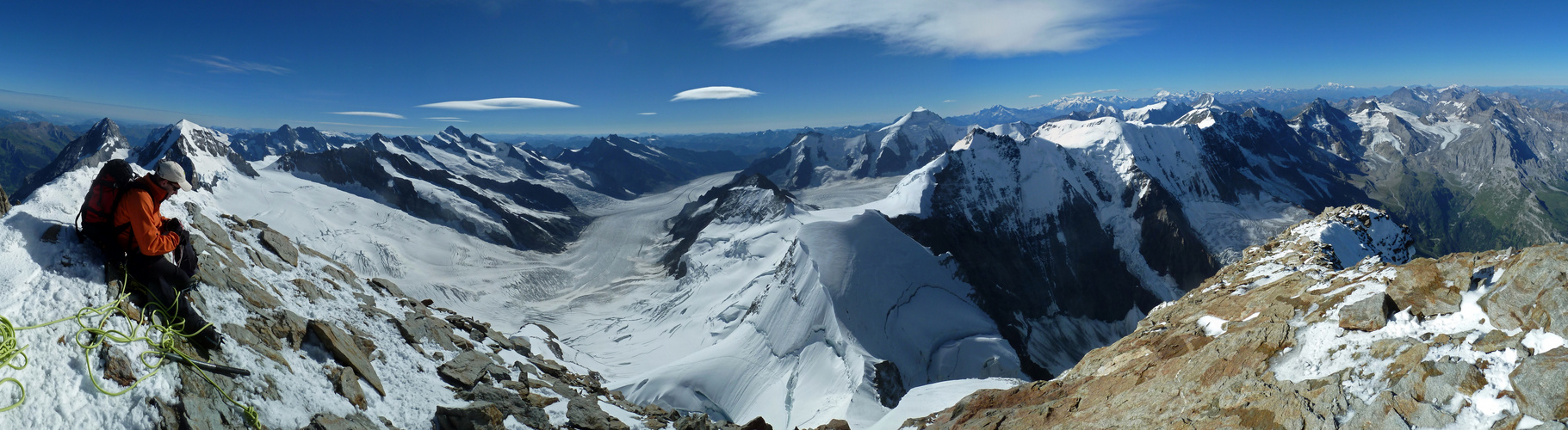 Jungfrau (4158m) - herrliches Panorama nach Süden über den Aletschgletscher
