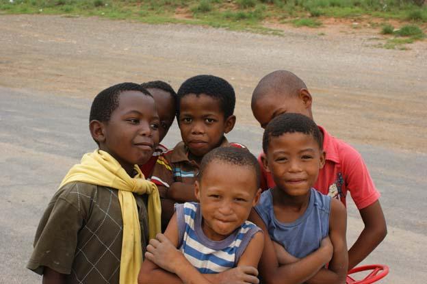 Jungs in Südafrika