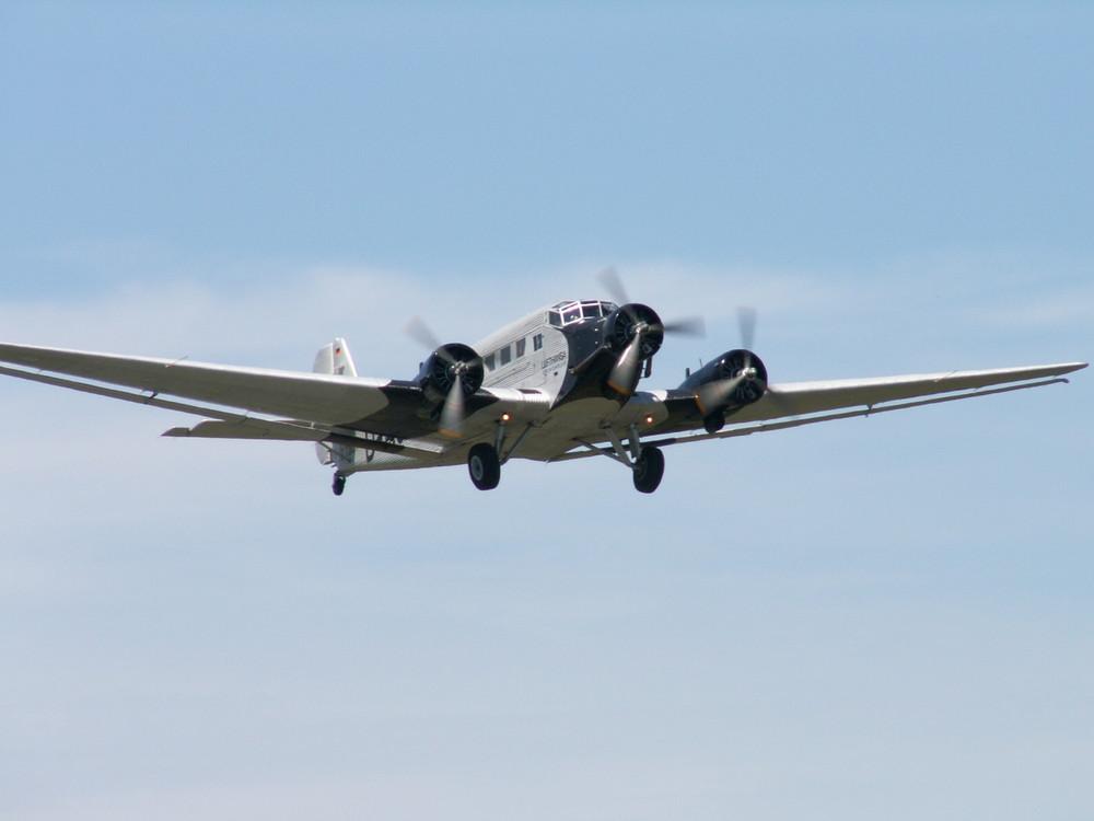 Junkers JU - 52