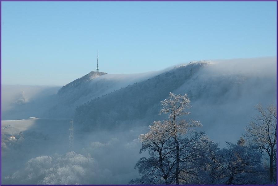 Jurahöhen im Nebel