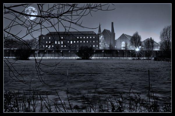 JVA Bremen bei Nacht