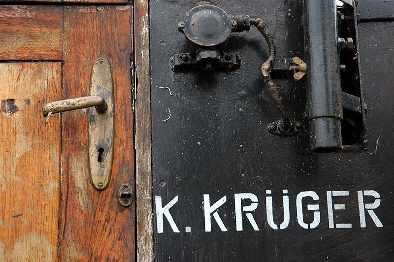 K. KRÜGER