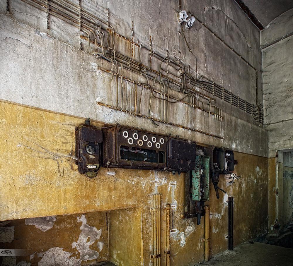 Ausgezeichnet Elektrische Verkabelung In Wänden Zeitgenössisch ...
