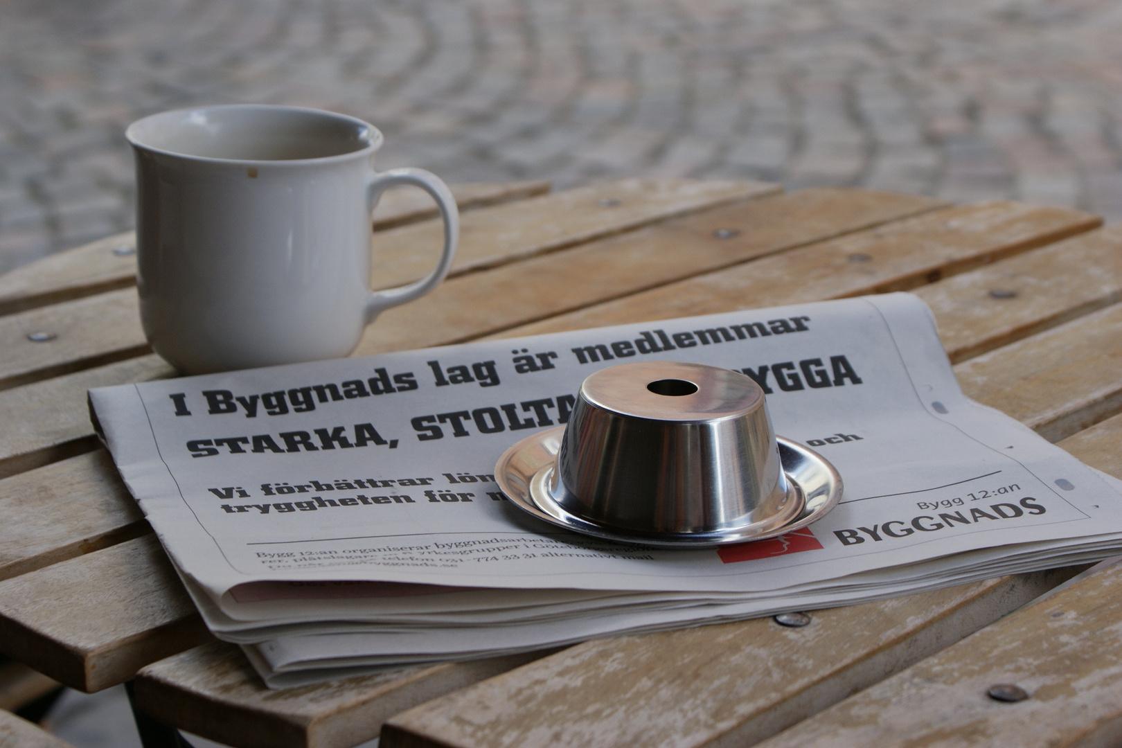 Kaffe och tidningar