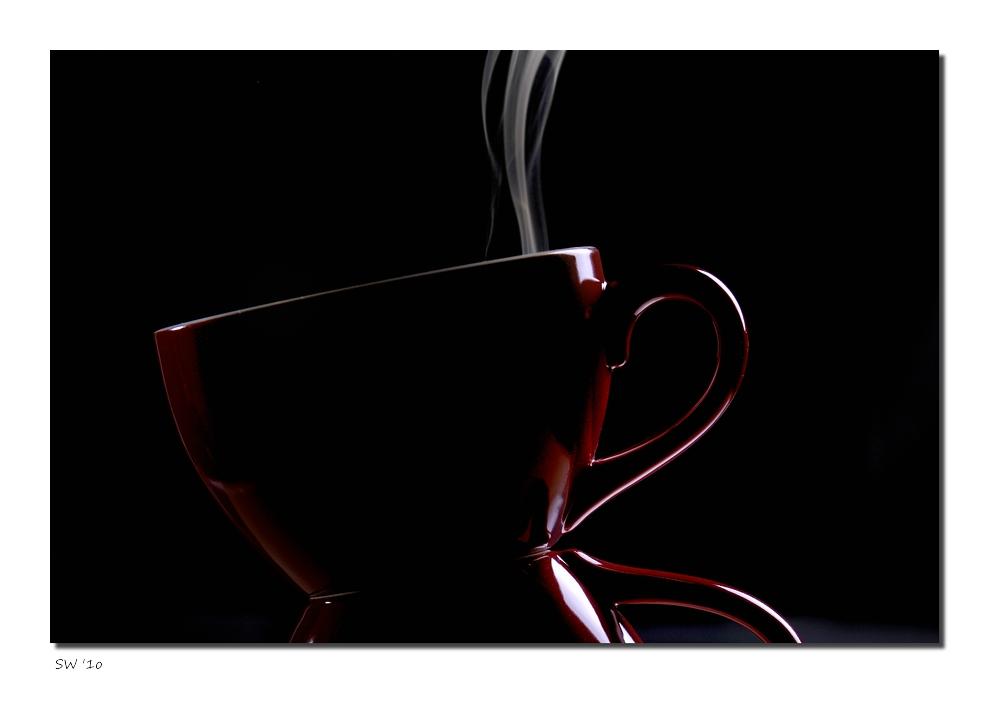 Kaffee schwarz.