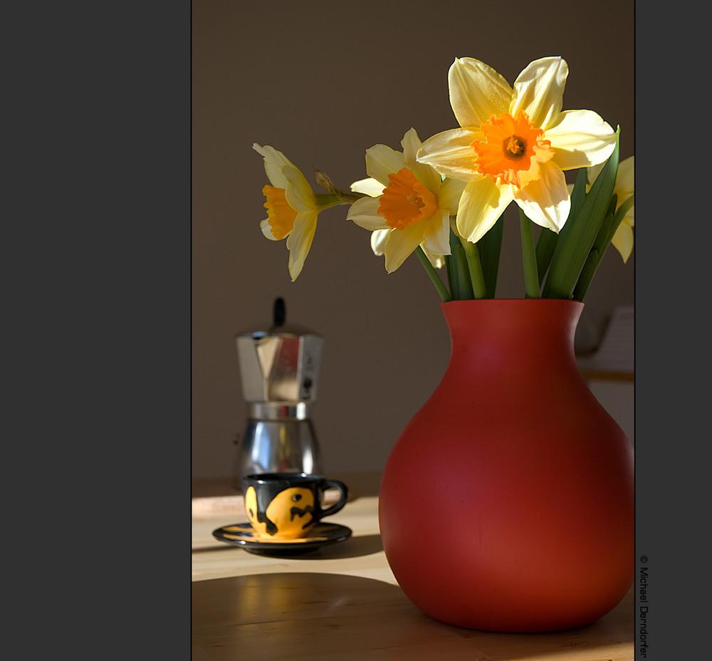 Kaffee und Blumen