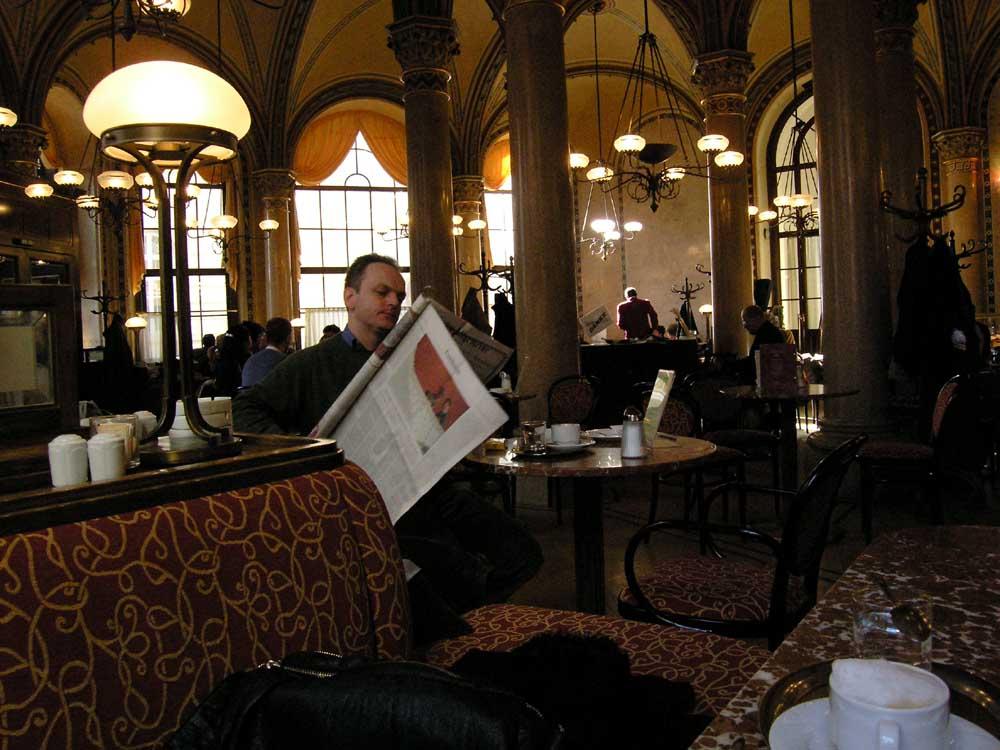 """""""Kaffee und Zeitung #4 - Café Central"""""""