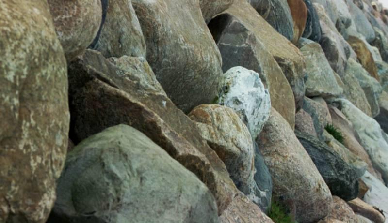 Kaimauer im Hafen
