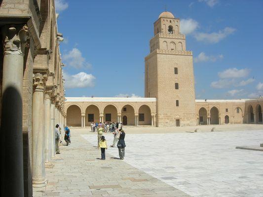 Kairouan, La grande mosquée, cour intérieure