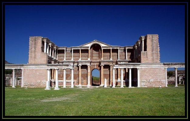 Kaiserhalle des Gymnasion von Sardes, Türkei