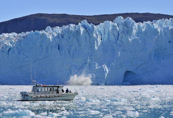 kalbende gletscher