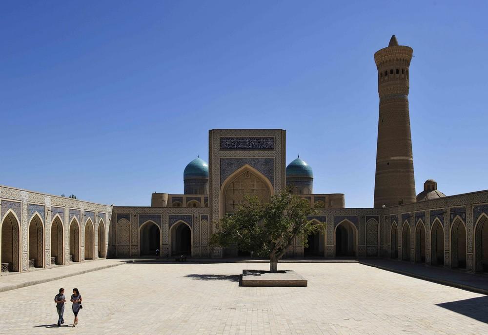 Kalon Moschee und Minarett in Bukhara