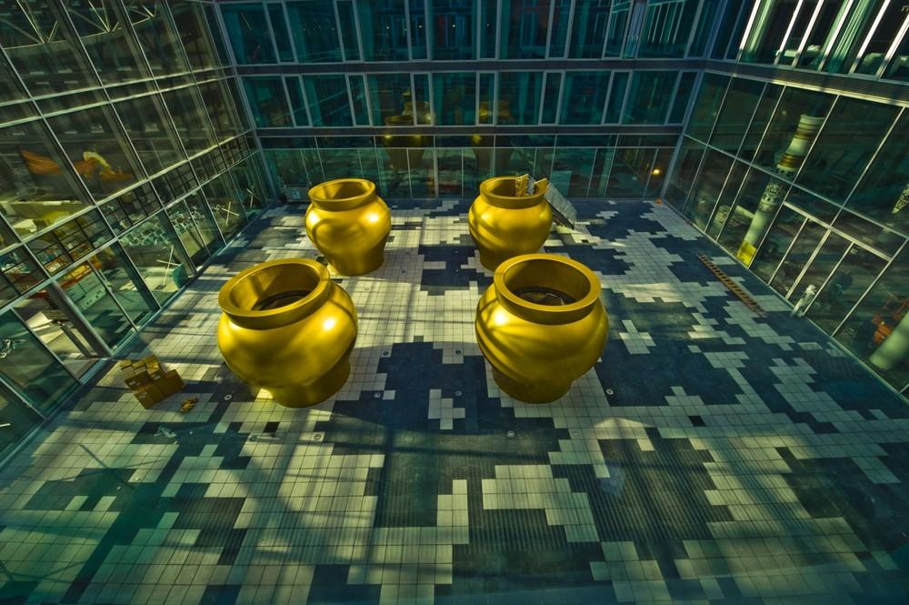 Kameha Grand - große Vasen III