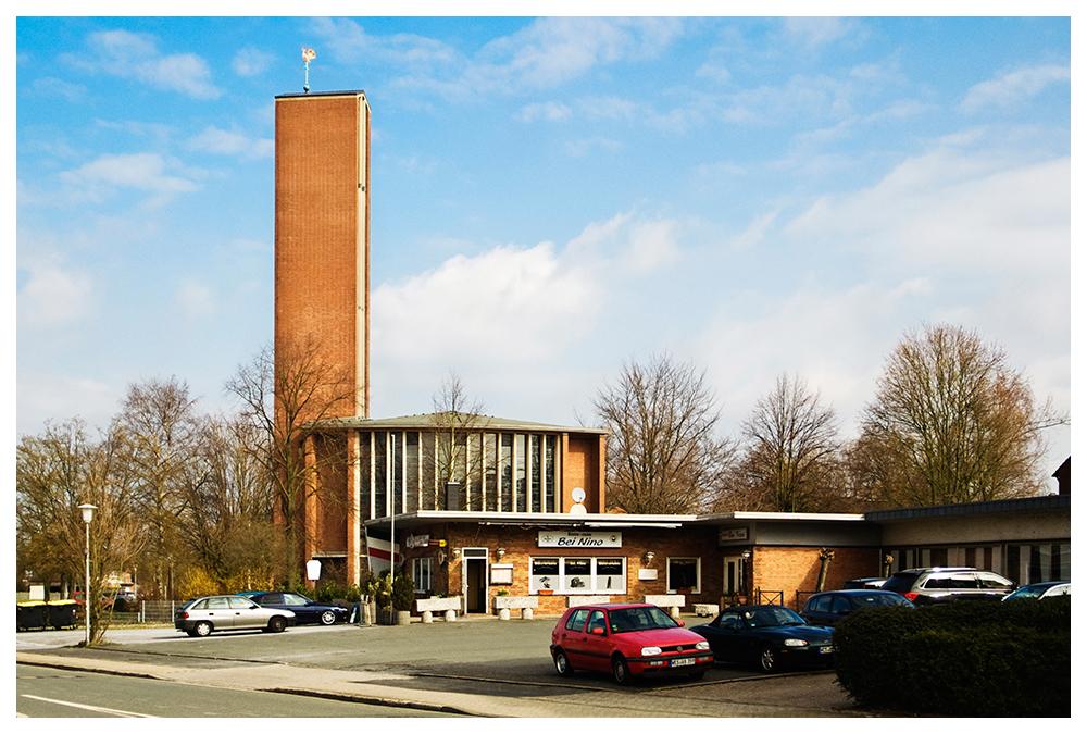 Kamp-Lintfort, Kath. Kirche St. Barbara, Mittelstr.