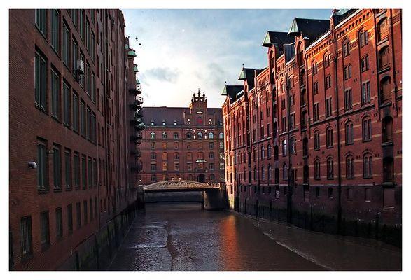 Kanal in der Speicherstadt Hamburg